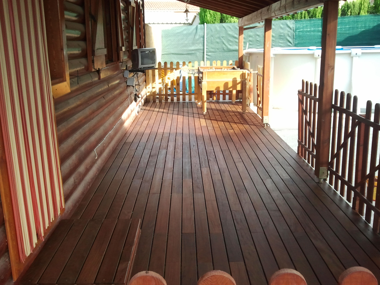 Tarimas de exterior para terrazas y piscinas - Tarima para terraza ...