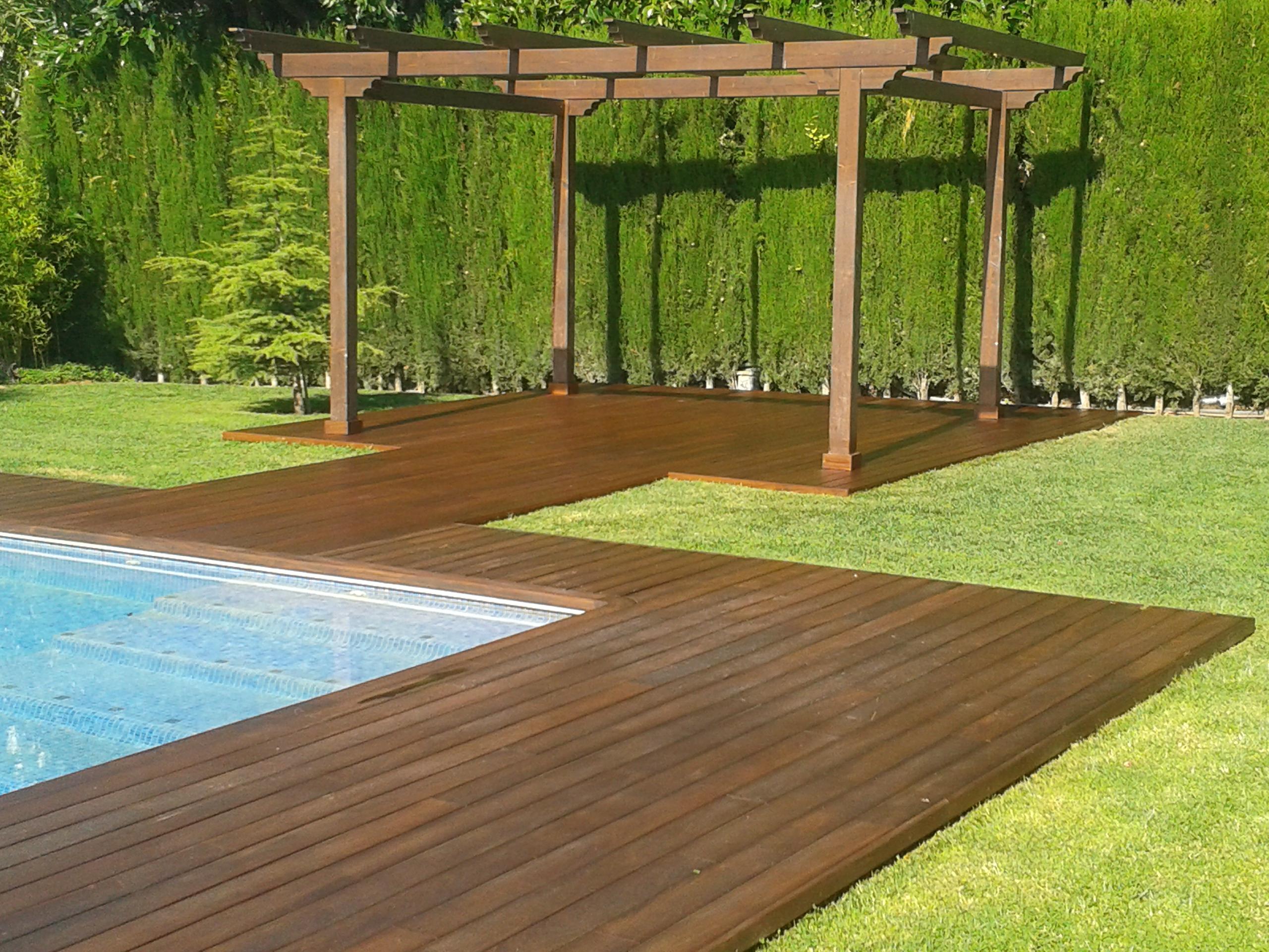 terrasse ext rieur bois xotique. Black Bedroom Furniture Sets. Home Design Ideas