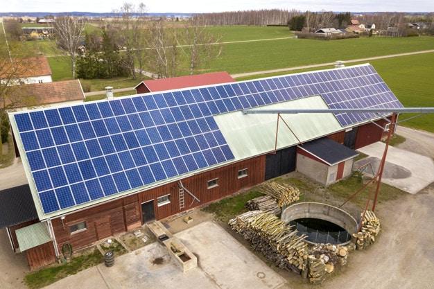 ¿Qué energía renovable es más eficiente para una casa prefabricada?